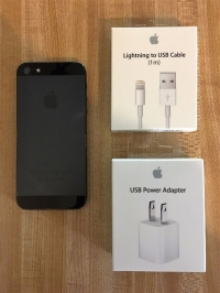 Apple iPhone 5 - 16GB - Black & Slate (Unlocked) Smartphone